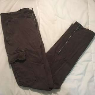 URBAN OUTFITTERS ARMY CARGO PANTS