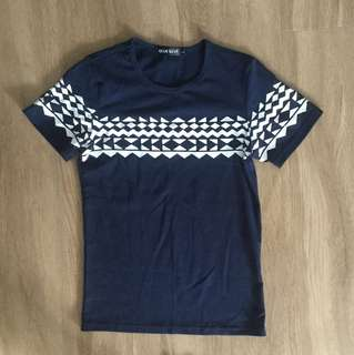 🚚 Women's Navy Blue Lycra Round Neck T Shirt With Beautiful prints