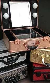 NEW IN BOX - MAKE UP ARTIST CASE WITH BUILT IN LED LIGHTING