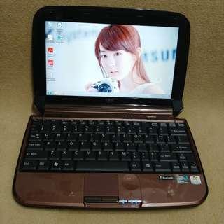 Fujisu netbook internal camera light weight good for study