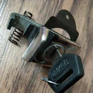 Vespa Glove Box Lock & Key