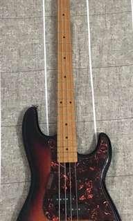 Orient bass guitar (nego)