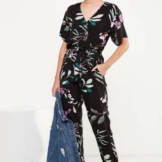 Woven Olivia V Neck Cuffed Jumpsuit