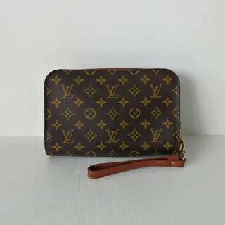 Authentic Louis Vuitton Clutch