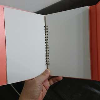 硬殼筆記本