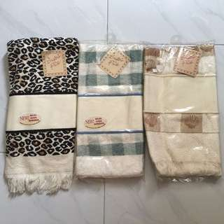 Cotton Towel with Aida Cloth Border for Cross Stitch