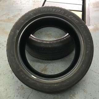 Tire 215/50r17