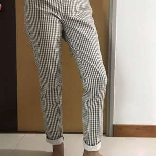 Uniqlo easy to wear/ no need iron Jeggings