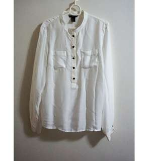 H&M Long Sleeves Buttoned Blouse