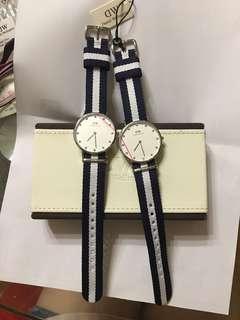 DW 手錶 九成新 一隻