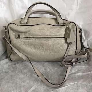 Coach 米白色 手袋 Ivory handbag