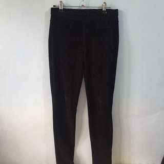 Uniqlo Black Corduroy Skinny Pants