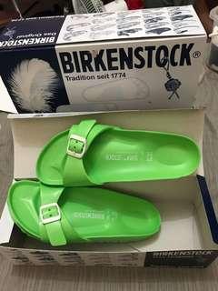 Birkenstock Slippers (Green) Size 37
