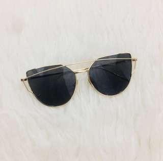 Kacamata hitam / kacamata fashion / kacamata korea