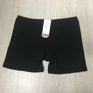 Young hearts Black safety shorts