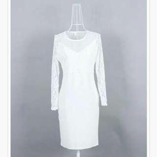 Dress putih elegan