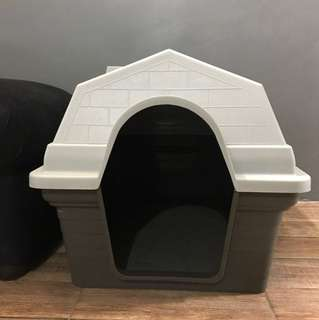 Dog House with Removable Roof