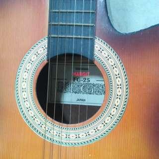 Gitar akustik Yamaha Hagrit FG-25
