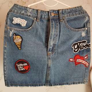 Funky Embroidery Denim skirt