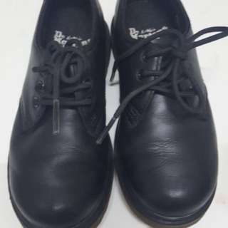 Dr Martens kids shoes original