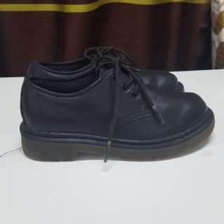 Dr Martens kids shoes original