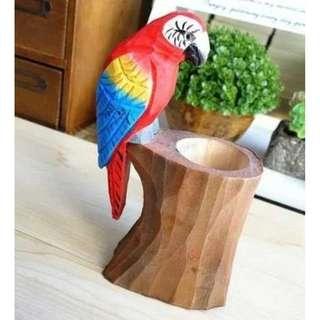 手工雕刻原木動物筆筒 紅鸚鵡款