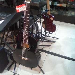Cicilan guitar akustik tanpa kartu kredit proses cepat 3 menit promo bunga 0% 6 bulan dan DP 0%