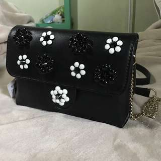 Wallet on chain party bag
