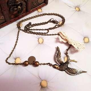 🆕️Retro Vintage Long Sparrow Necklace
