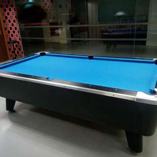 8 feet coin pool table
