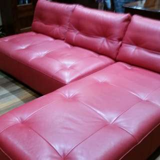 King Furniture Leather chaise lonuge