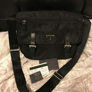 85%new prada crossbody bag