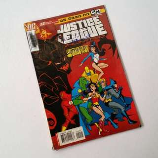 Justice League Comic Book (Vintage)