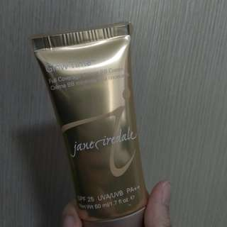 BB cream skin care makeup