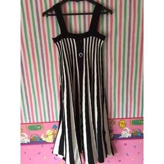 Dress Strip Monokrom