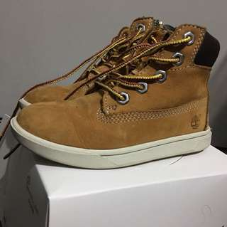 Kids Timberland boots  for 3-4 yrs old