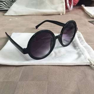 Brand new mod retro gradient lens round sunglasses shades with pouch