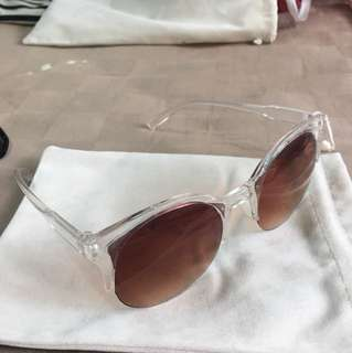 Brand new transparent rim gradient sunglasses shades with pouch
