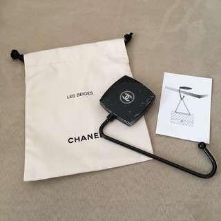 Chanel hook