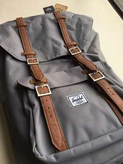 Herschel Backpack 灰色