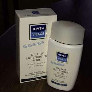 Nivea Visage Oil Free Moisturising Fluid (100ml)