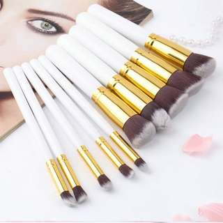 Kabuki 10 pcs. Professional Soft Make up Brush Set