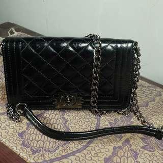 Sling Black Bag 1