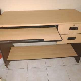 Meja Kantor / Office Table