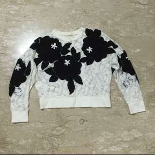 White Embroided Flower / Floral White And Black Mesh Pullover