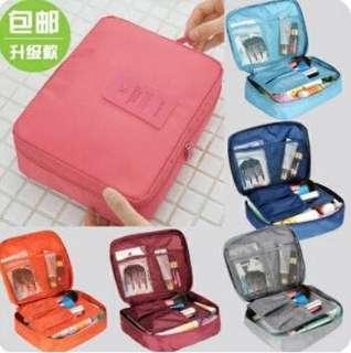 Tas Make Up/Kosmetik Set Pouch Travel Tahan Air Best Seller