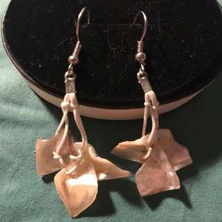 Shell earring from Fiji