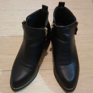 🚚 D+AF女鞋~短靴