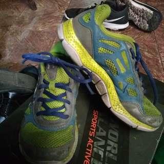 Rubber shoes (auth underarmour)