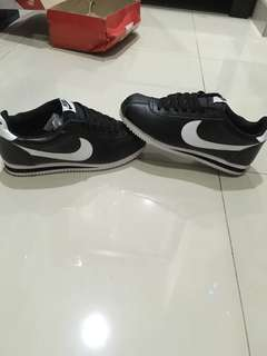 Nike cortez black original